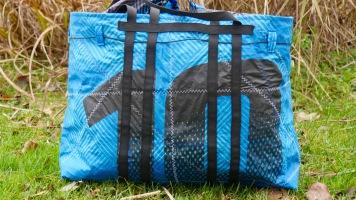XXL Strandtasche, Geschenke für Kiter, Geschenke für Taucher, Geschenke für Wassersportler, Wind-Beutel, Upcycling Taschen